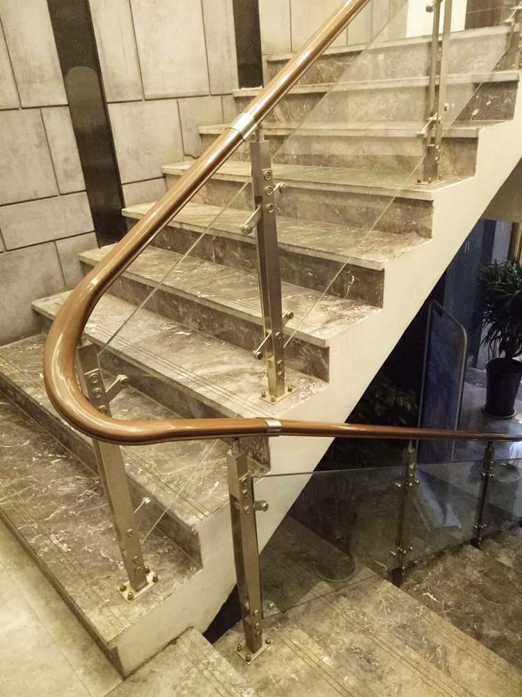 不锈钢楼梯立柱